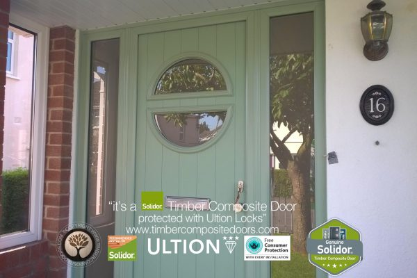 Chartwell Green Pisa with Side Panels